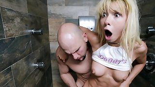 Kenzie Reeves gets their way arms first of all a brute cock